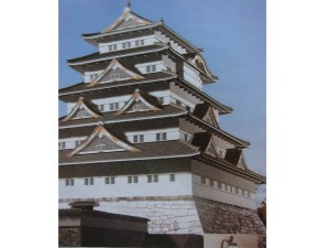 徳川秀忠が建てた江戸城天守閣の想像図
